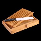 Doska na krájanie chleba s nožom